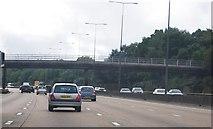 TQ2352 : M25: anti-clockwise, footbridge west of junction 8 by N Chadwick