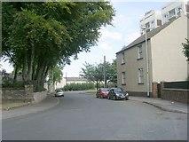SE5023 : Chapel Street - Hill Top by Betty Longbottom