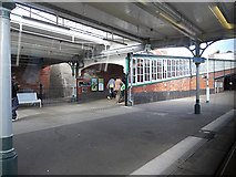 TQ7407 : Ramp & platform at Bexhill Station by Row17