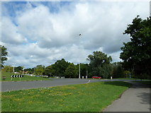 SU9850 : Stag Hill Roundabout (2) by Basher Eyre