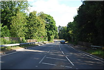 SU9946 : A281 looking north from the cycleroute crossing by N Chadwick