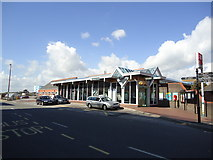 TQ0202 : Littlehampton railway station by Stacey Harris