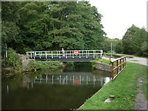 SE1839 : Walking along the Leeds to Liverpool Canal #120 by Ian S