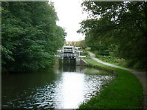 SE1839 : Walking along the Leeds to Liverpool Canal #122 by Ian S