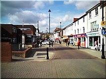 TM0458 : Ipswich Street by Tim Marchant