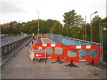 SU6252 : Preparing the bridge for repairs by Given Up