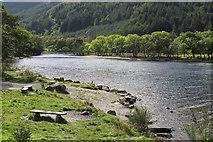 NN5810 : Loch Lubnaig by Tom Richardson