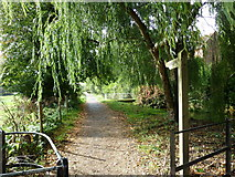 SU4828 : Footpath from Winchester College to Garnier Road by Basher Eyre