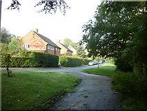 SE2837 : Hollin Drive, Leeds by Ian S