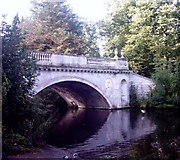TQ2077 : The Classic Bridge, Chiswick House by Phillip Perry