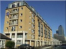 TQ3680 : Hilton Hotel, London Docklands by Malc McDonald