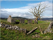 SK1482 : Remains of a farm building by Stephen Burton