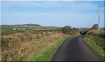 SH1727 : Minor country road south of Deuglawdd farm, Aberdaron by Eric Jones