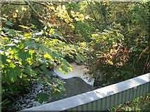 SH1728 : Afon Cyllyfelin below Pont Rhyd y Cei bridge by Eric Jones