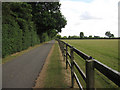 TL6759 : Footpath along a stud farm road by Hugh Venables