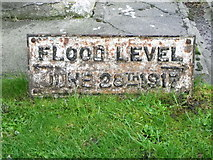 ST6834 : Flood level marker, Bruton by Maigheach-gheal