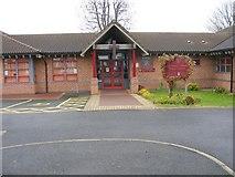 SO9596 : Holy Trinity School by Gordon Griffiths