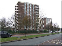 SO9199 : Council Housing - Boscobel Estate by John M