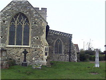 TQ5380 : East end of the Parish Church and gravestones by Roger Templeman