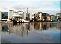 O1634 : The Jeanie Johnston from City Quay by Eric Jones