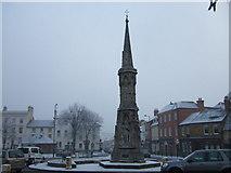 SP4540 : Banbury Cross in the snow by Richard Humphrey