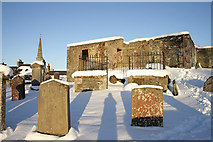 NT4728 : Selkirk Auld Kirk and graveyard by Walter Baxter