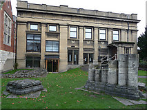SE5952 : Side elevation of Yorkshire Museum building and the remains of St Mary's Abbey church by Phil Champion