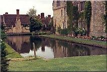 TQ4745 : Hever Castle by Gordon  BEACH