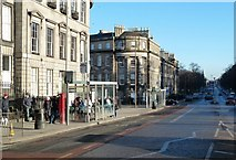NT2674 : Waiting in London Road, Edinburgh by Mary and Angus Hogg