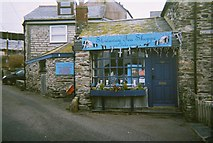SW9980 : Stowaway Tea Shoppe in Port Isaac by Trionon