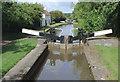 SO9667 : Tardebigge Lock No 32, Worcestershire by Roger  Kidd