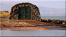 J4482 : Boathouse near Helen's Bay by Albert Bridge