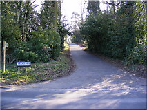 TM2750 : Footpath to Turnpike Lane  on Leeks Hill by Adrian Cable