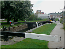 SO8453 : Diglis Broad Locks in Worcester by Roger  Kidd