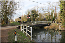 SU6269 : Swing Bridge at Tyle Mill by Bill Nicholls