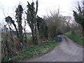TM3562 : Footpath to Dodds Wood & Burrowshilt Farm by Geographer