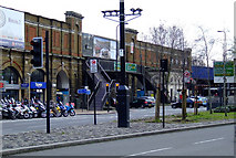 TQ3078 : Vauxhall railway station by Thomas Nugent