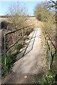 TL1369 : Concrete footbridge by Simon Judd