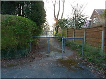 SJ7886 : Passageway joining Grange Avenue and Highfield Road, Hale by Anthony O'Neil