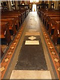 TQ2475 : All Saints, Fulham: main aisle by Basher Eyre