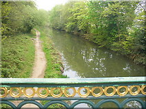 SU8652 : Basingstoke Canal, Aldershot by Colin Smith