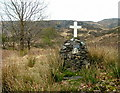 NM8082 : Cairn erected in memory of Ronald Macleod by Dave Fergusson