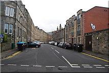 NT2774 : Milton St by N Chadwick