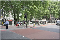TQ2879 : Grosvenor Gardens looking across Buckingham Palace Road from Terminus Place by Roger Templeman