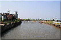 TG5107 : Confluence of the Rivers Bure and Yare by Glen Denny
