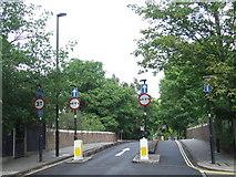 TQ2976 : Larkhall Lane bridge, SW4 by Malc McDonald