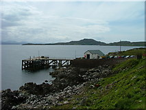 NC0009 : Pier, east of Polbain by Dave Fergusson