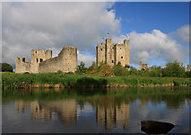 N8056 : Castles of Leinster: Trim, Meath (2) by Mike Searle