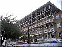 TQ2978 : Scaffolding, Cambridge Street, Pimlico by PAUL FARMER