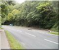 SO2615 : Long layby, A40 east of Llanwenarth Hotel by Jaggery